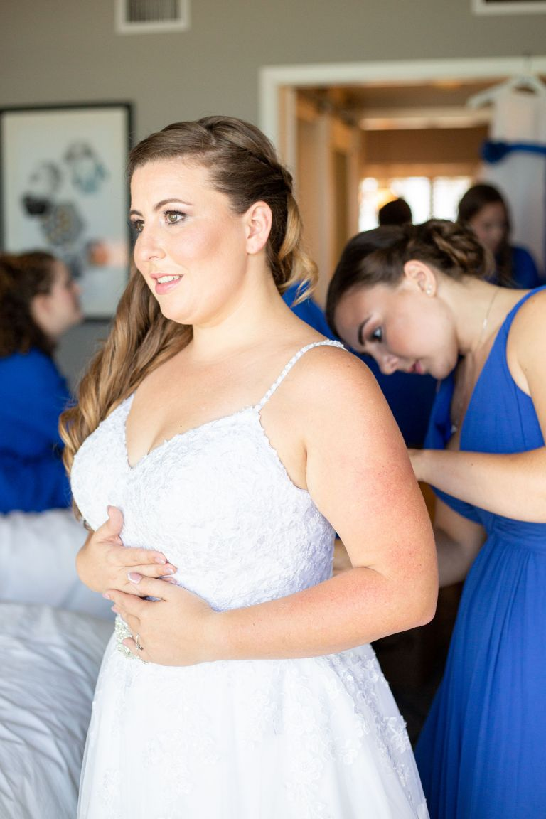 bridal prep with bridesmaid